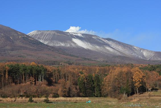浅間山冠雪
